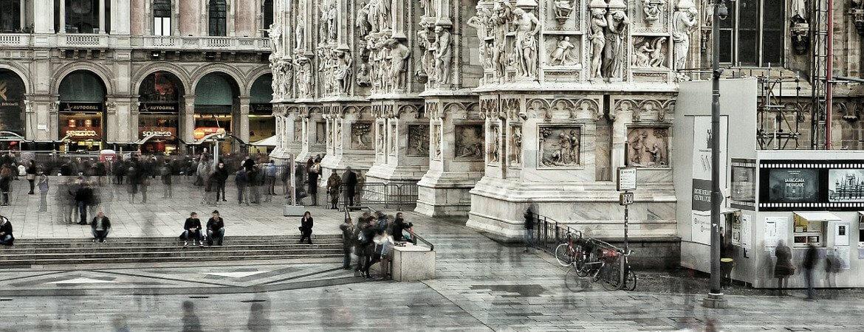 Place de la cathédrale de Milan.