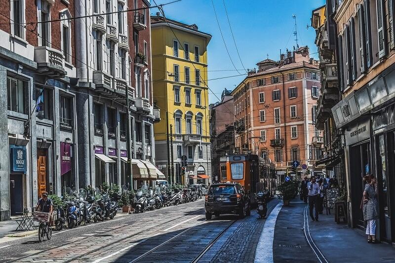Une rue en Italie.