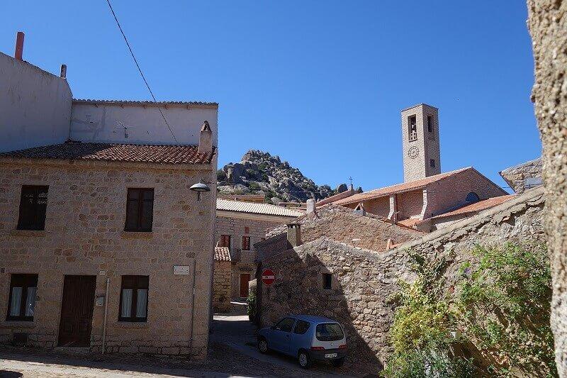 Un village en Sardaigne.