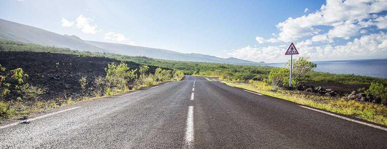 Une route à La Réunion.