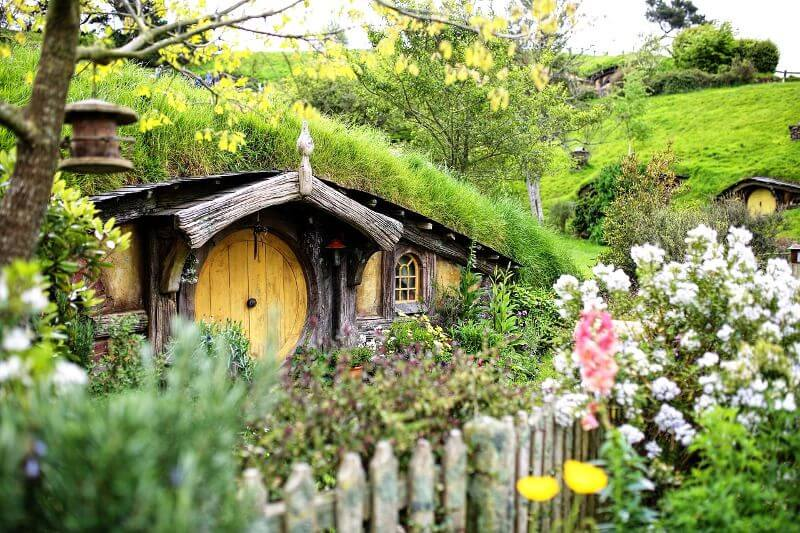 Maison de Hobbit en Nouvelle-Zélande.
