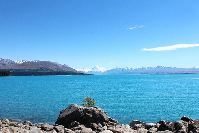 Un lac en Nouvelle-Zélande.