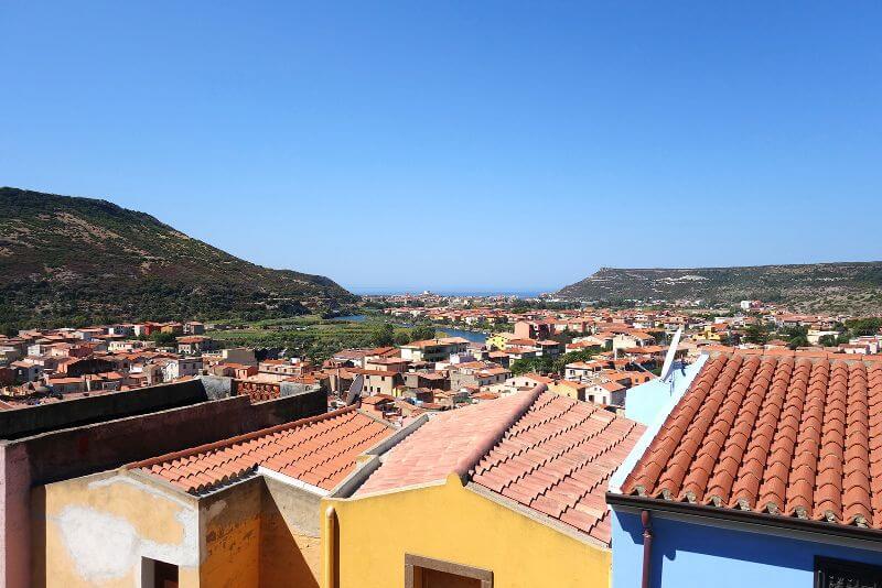 Maisons colorées en Sardaigne.