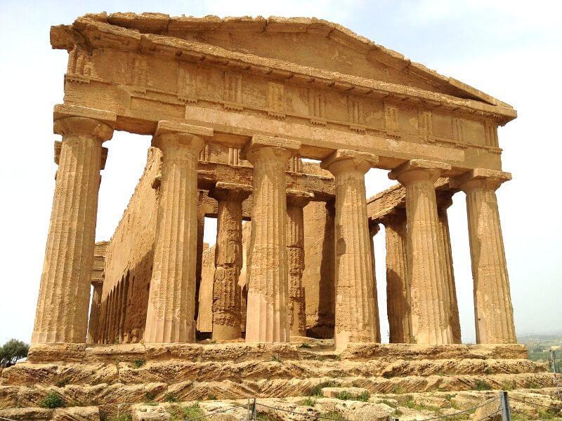 Temple grec en Sicile.