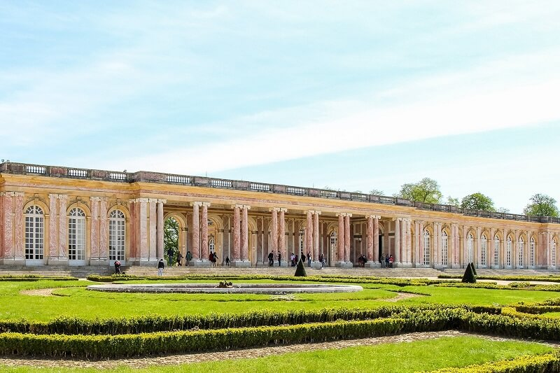 Façade du Grand-Trianon à Versailles.