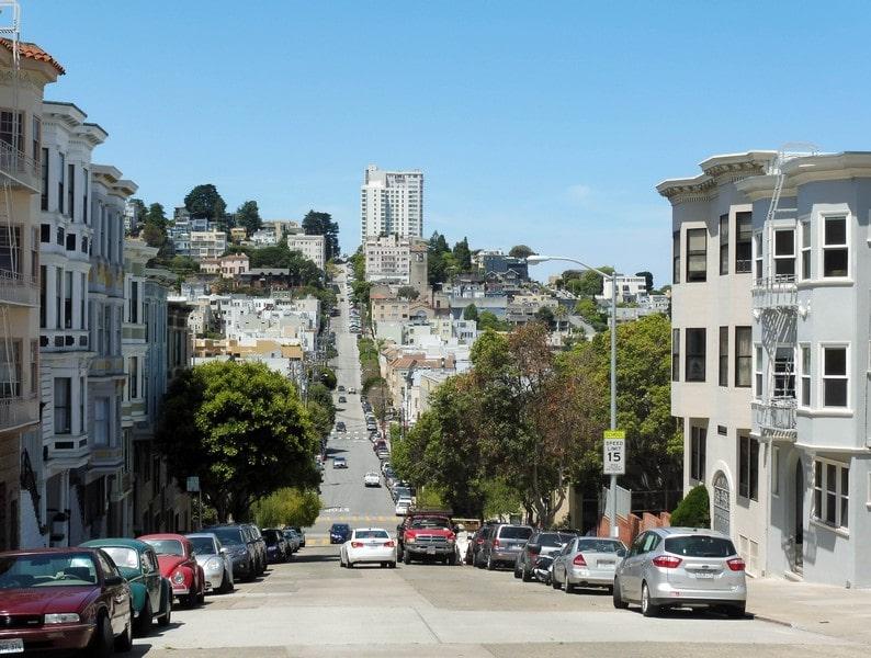 Une rue à San Francisco.