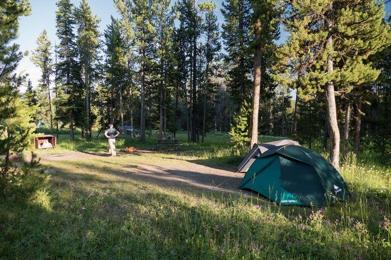 Tente dans un camping aux USA.