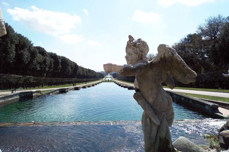 Fontaine à Caserte près de Naples.