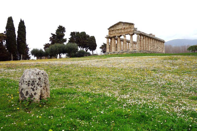 Temple près de Naples.