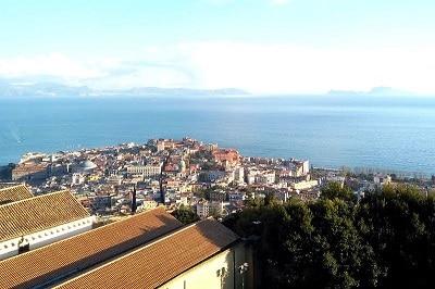 Panorama sur le golfe de Naples.
