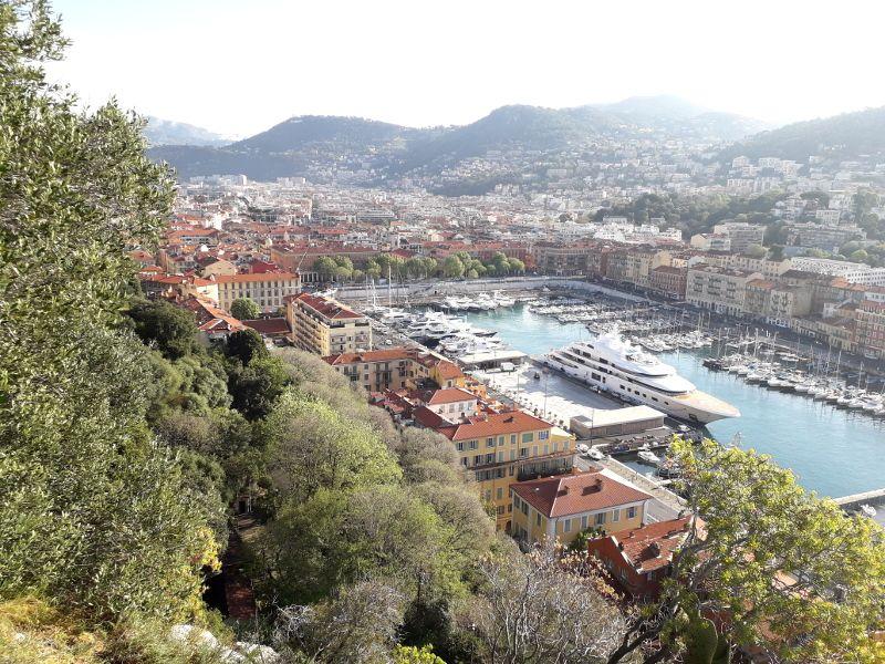 Vue du port de Nice,