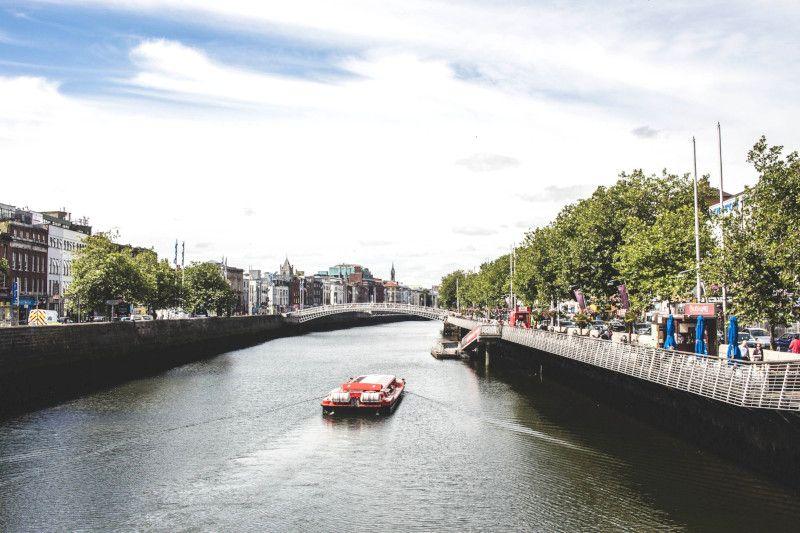 Vue d'un pont à Dublin.
