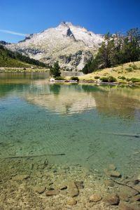 Montagne et lac du domaine de Néouvielle