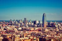 LA Tour Agbar au milieux de Barcelone
