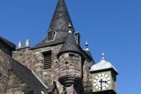 Horloge et tour de la Teviot Row House