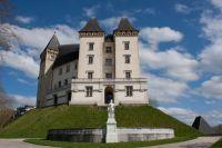 Château de Pau sous un ciel demi couvert